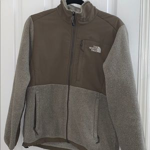 Women's North Face Denali Sz Medium Weimaraner